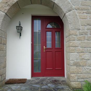 Porte d''entrée mixte près de Guingamp (22)