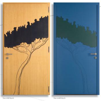 Portes d'entrée mixtes : bois à l'intérieur, aluminium à l'extérieur