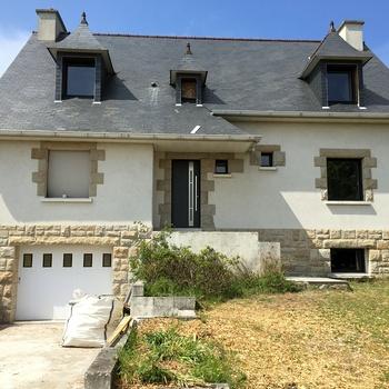 Rénovation d''une maison en cours à Pléneuf Val André - Côtes d''Armor