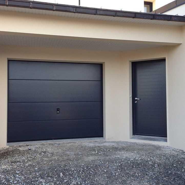 Porte de garage et porte d 39 entr e en neuf tr gueux 22 - Porte de garage et porte d entree ...